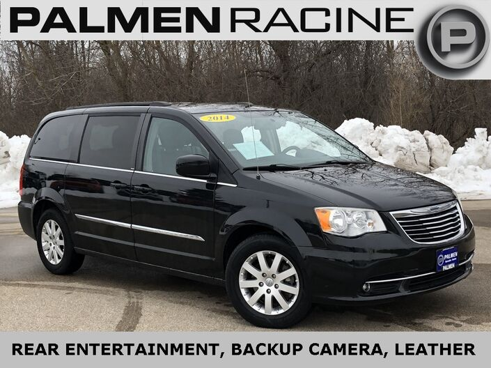 2014 Chrysler Town & Country Touring Racine WI