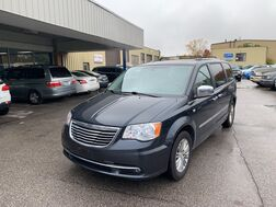 2014_Chrysler_Town & Country_Touring-L 30th Anniversary_ Cleveland OH