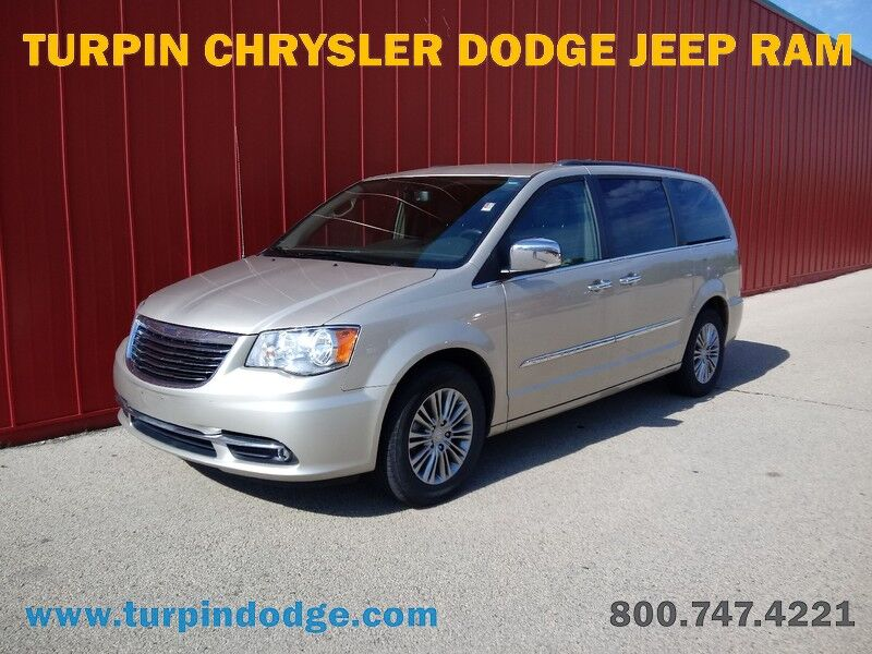 2014 Chrysler Town & Country Touring-L Dubuque IA