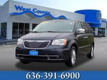 2014_Chrysler_Town & Country_Touring-L_ Ellisville MO