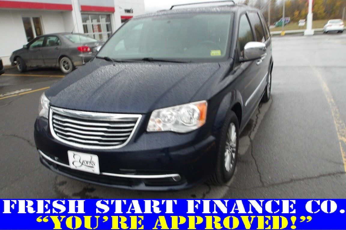 2014 Chrysler Town & Country Touring-L Houlton ME