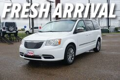 2014_Chrysler_Town & Country_Touring-L_ Mission TX