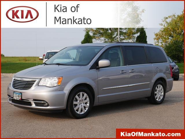 2014 Chrysler Town & Country Touring Mankato MN