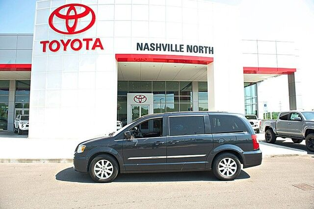 2014 Chrysler Town & Country Touring Nashville TN