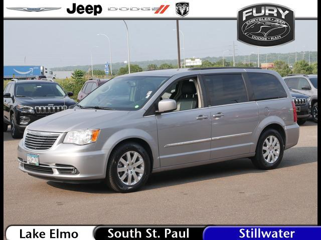 2014 Chrysler Town & Country Touring Stillwater MN