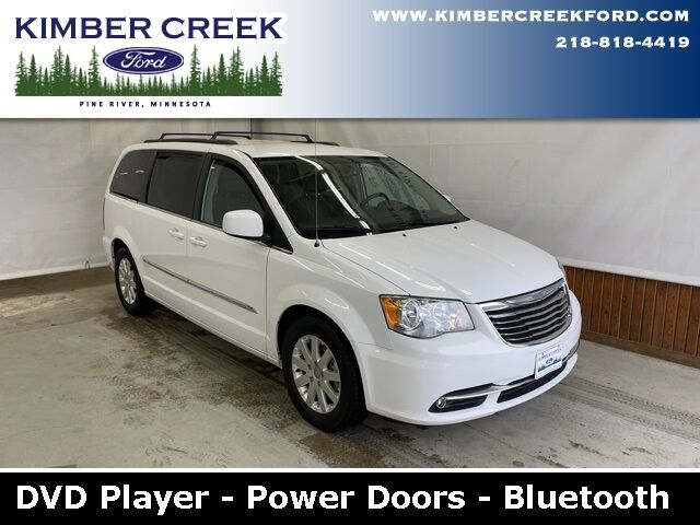 2014 Chrysler Town & Country Touring Pine River MN