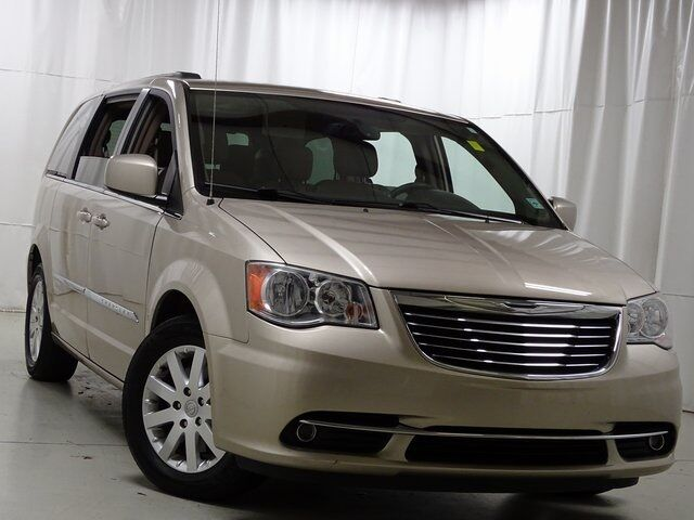 2014 Chrysler Town & Country Touring Raleigh NC