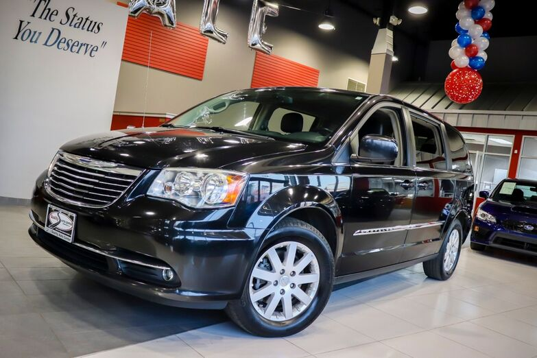 2014 Chrysler Town & Country Touring Springfield NJ