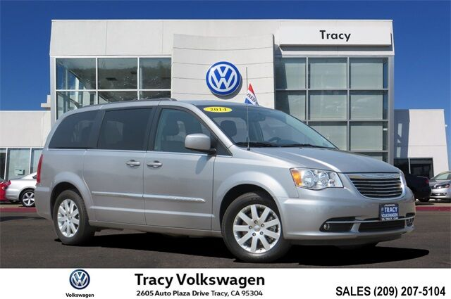 2014 Chrysler Town & Country Touring Tracy CA