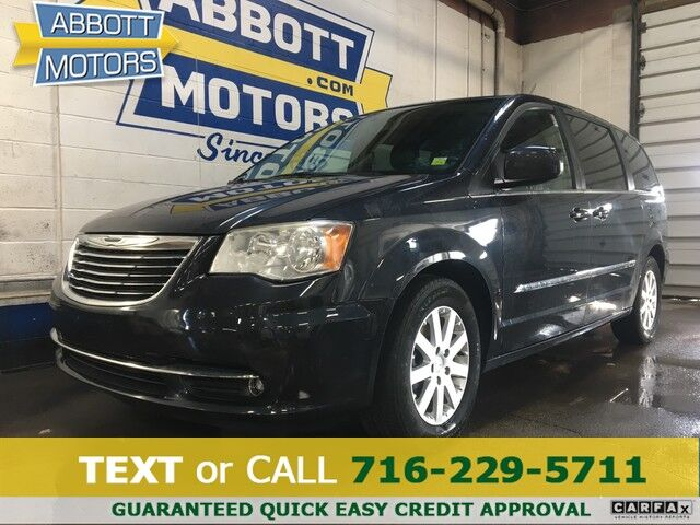 2014 Chrysler Town & Country Touring w/Leather & DVD Buffalo NY
