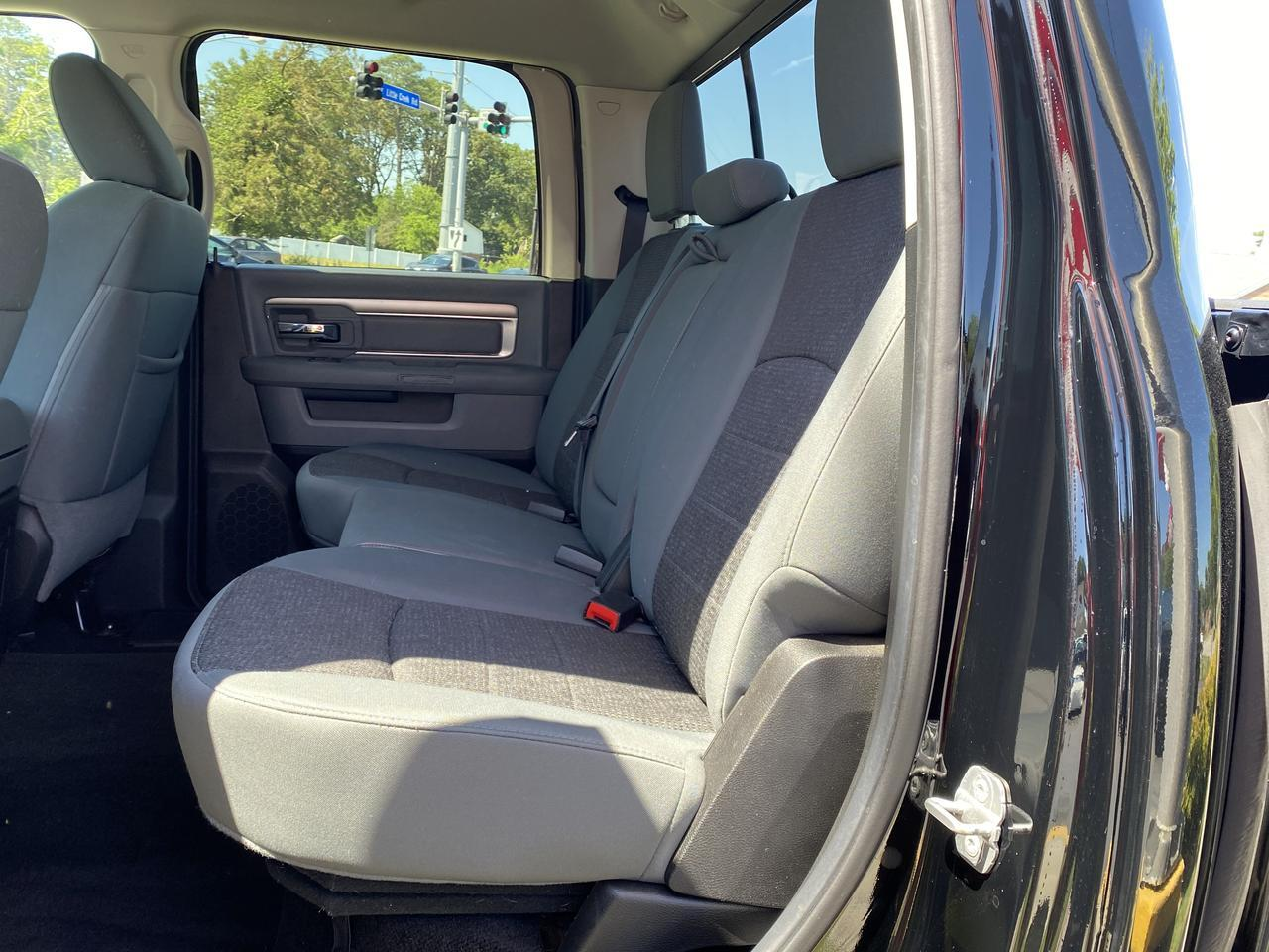 2014 DODGE RAM 1500 BIG HORN CREW CAB 4X4, WARRANTY, BLUETOOTH, BACKUP CAM, TOW PKG, UCONNECT, CLEAN CARFAX! Norfolk VA