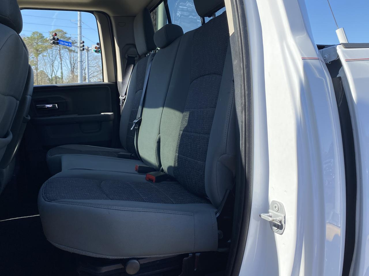 2014 DODGE RAM 1500 BIG HORN QUAD CAB 4X4, WARRANTY, HEATED SEATS, SUNROOF, BLUETOOTH, BACKUP CAM, 1 OWNER! Norfolk VA