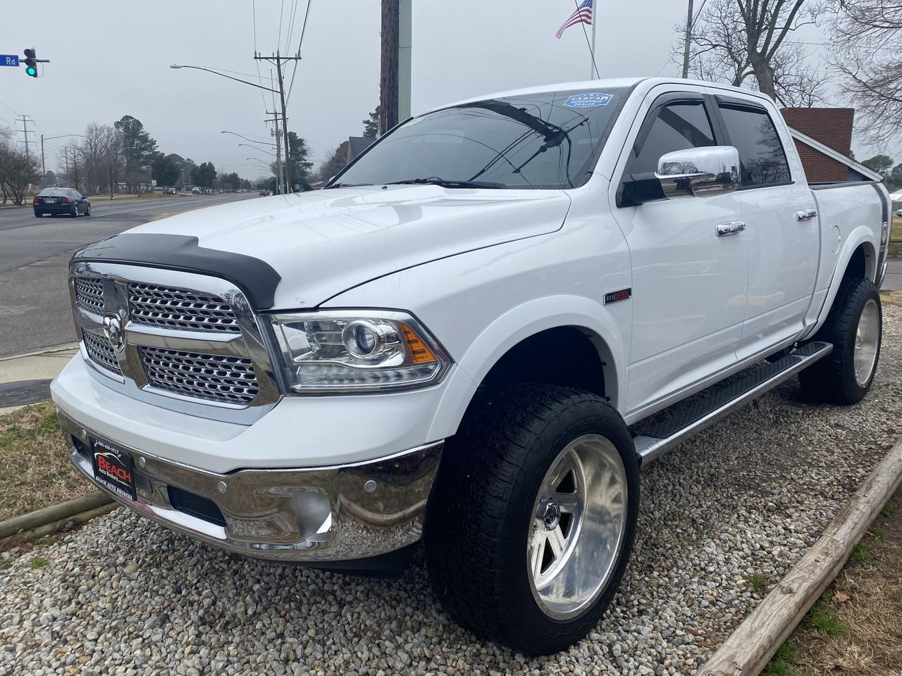 2014 DODGE RAM 1500 LARAMIE CREW CAB, WARRANTY, ECO DIESEL,LIFTED,LEATHER, NAV, HEATED/COOLED SEATS, CLEAN CARFAX! Norfolk VA