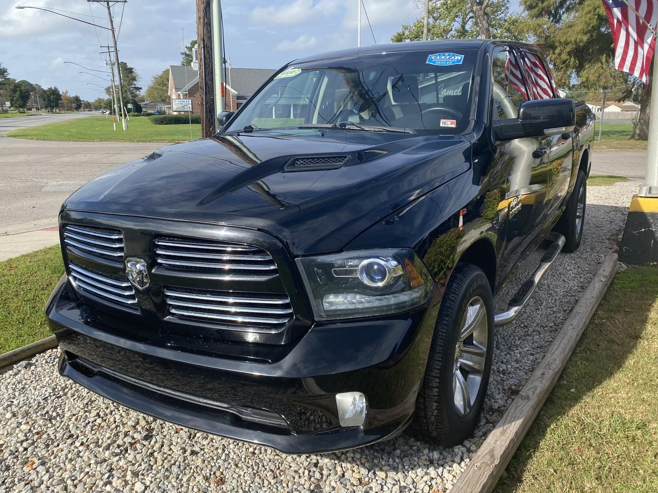 2014 DODGE RAM 1500 SPORT CREW CAB 4X4, WARRANTY, HEATED SEATS, BLUETOOTH, BACKUP CAM, TOW PKG, 1 OWNER, CLEAN! Norfolk VA