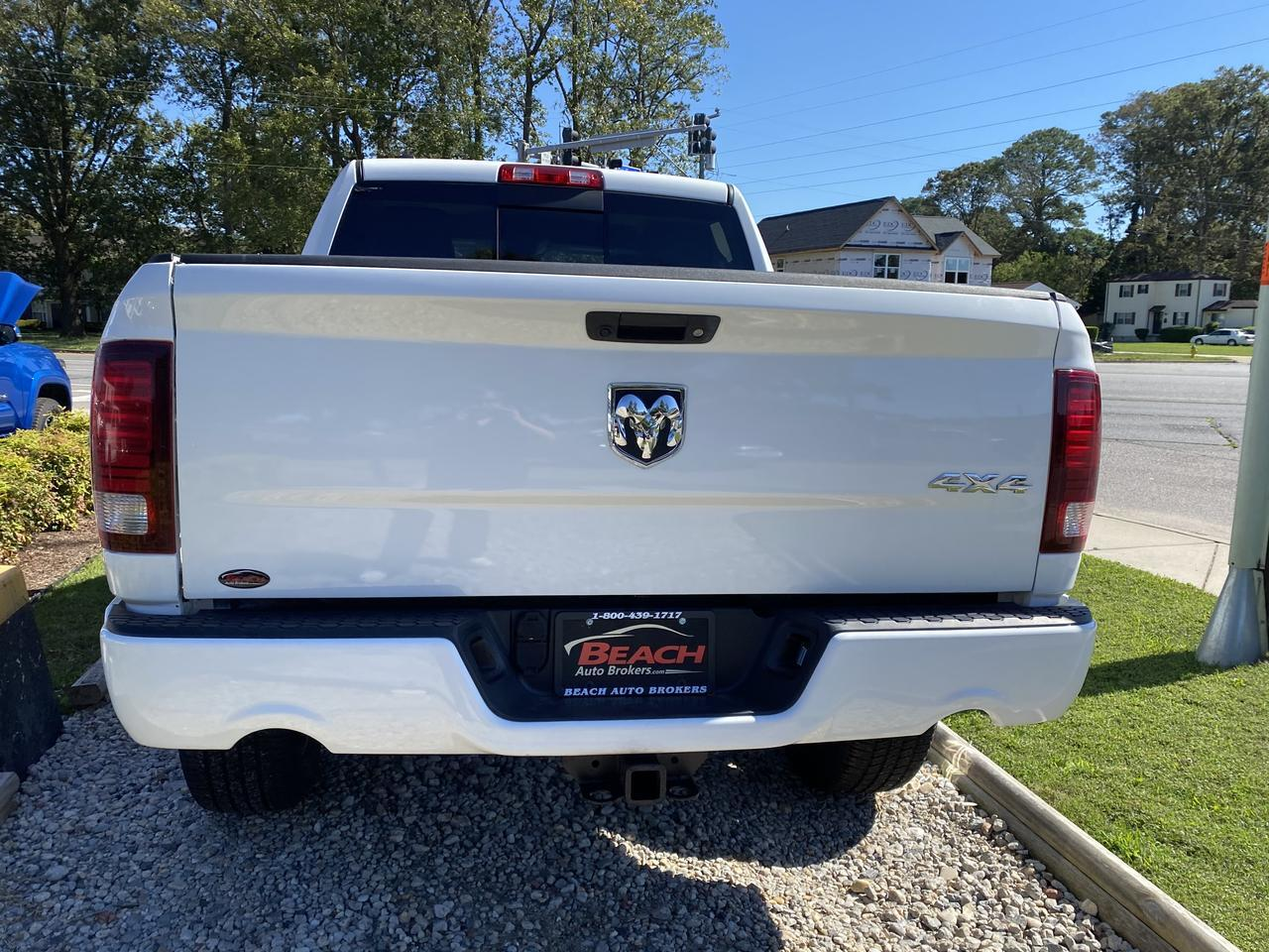 2014 DODGE RAM 1500 SPORT CREW CAB 4X4, WARRANTY, LEATHER, BACKUP CAM, PARKING SENSORS, BLUETOOTH, TOW PKG, CLEAN! Norfolk VA