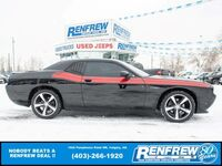 Dodge Challenger R/T Classic, Sunroof, Heated Leather, Remote Start, Bluetooth, SiriusXM 2014
