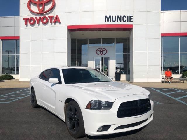 2014 Dodge Charger 4dr Sdn RT Plus RWD Muncie IN