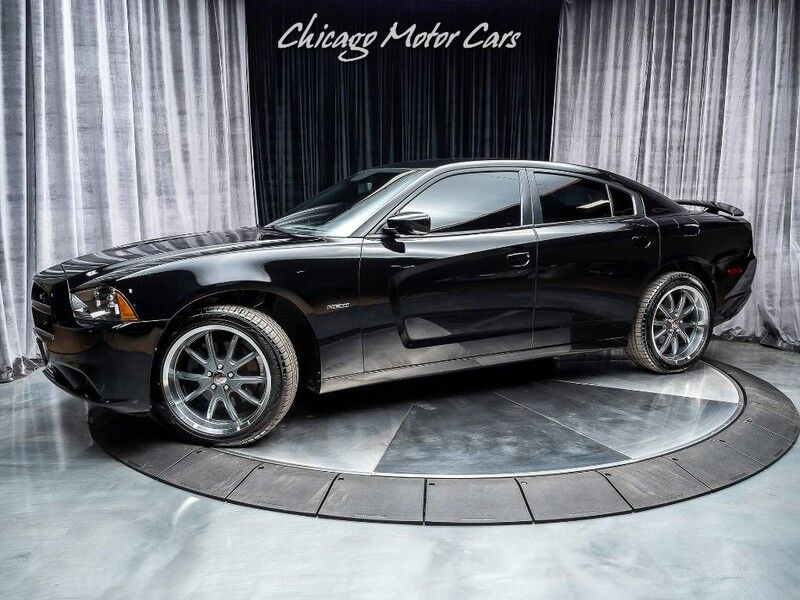 2014_Dodge_Charger_R/T HEMI AWD **MSRP $35,185**_ Chicago IL