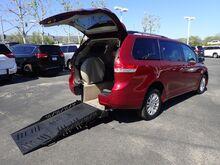 2014_FMI Toyota_Sienna_XLE w/ Manual Ramp_ Anaheim CA
