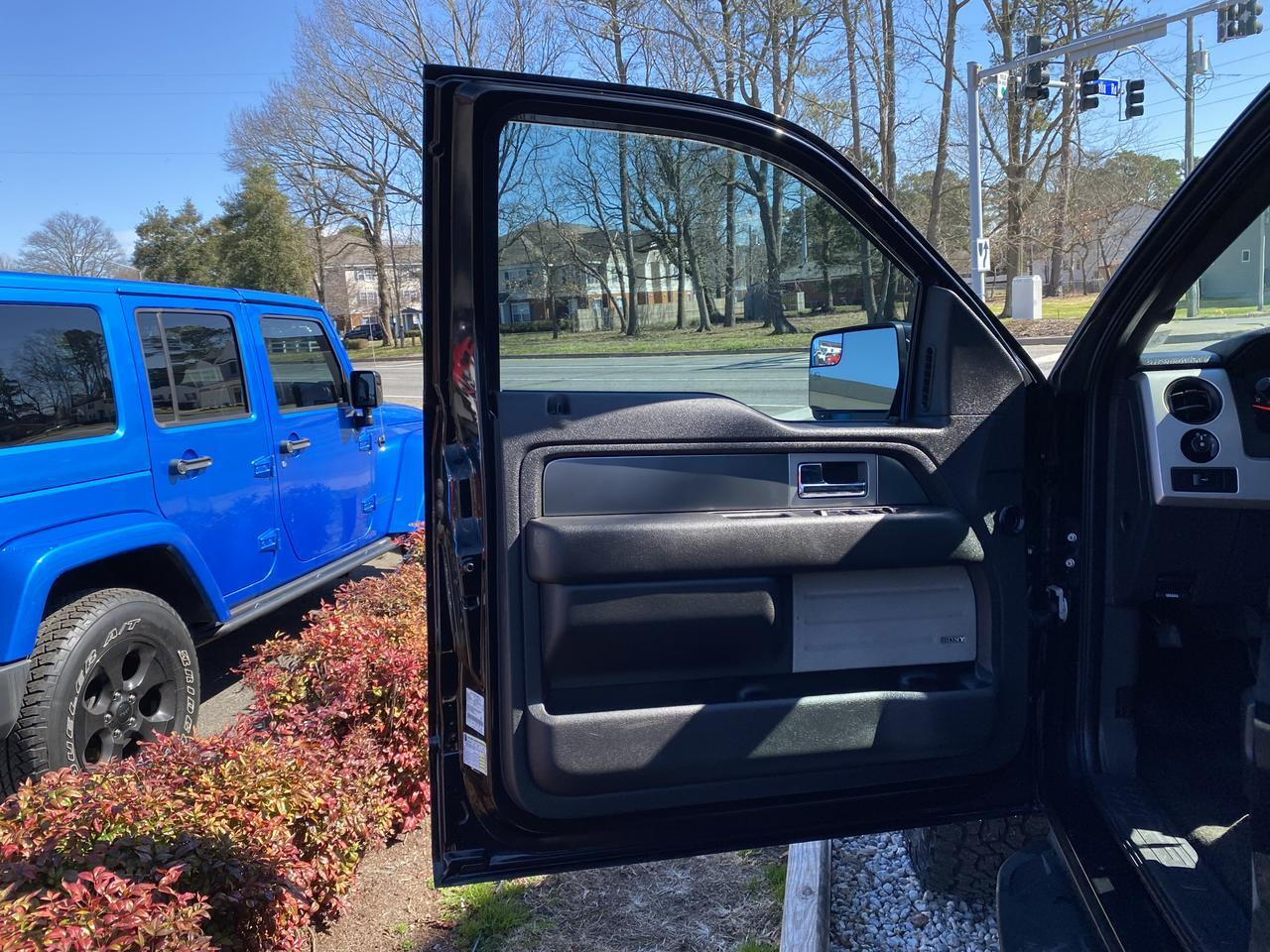 2014 FORD F-150 SVT RAPTOR SUPERCREW 4X4, WARRANTY, LEATHER, NAV, HEATED/COOLED SEATS, SUNROOF, BACKUP CAM, CLEAN! Norfolk VA