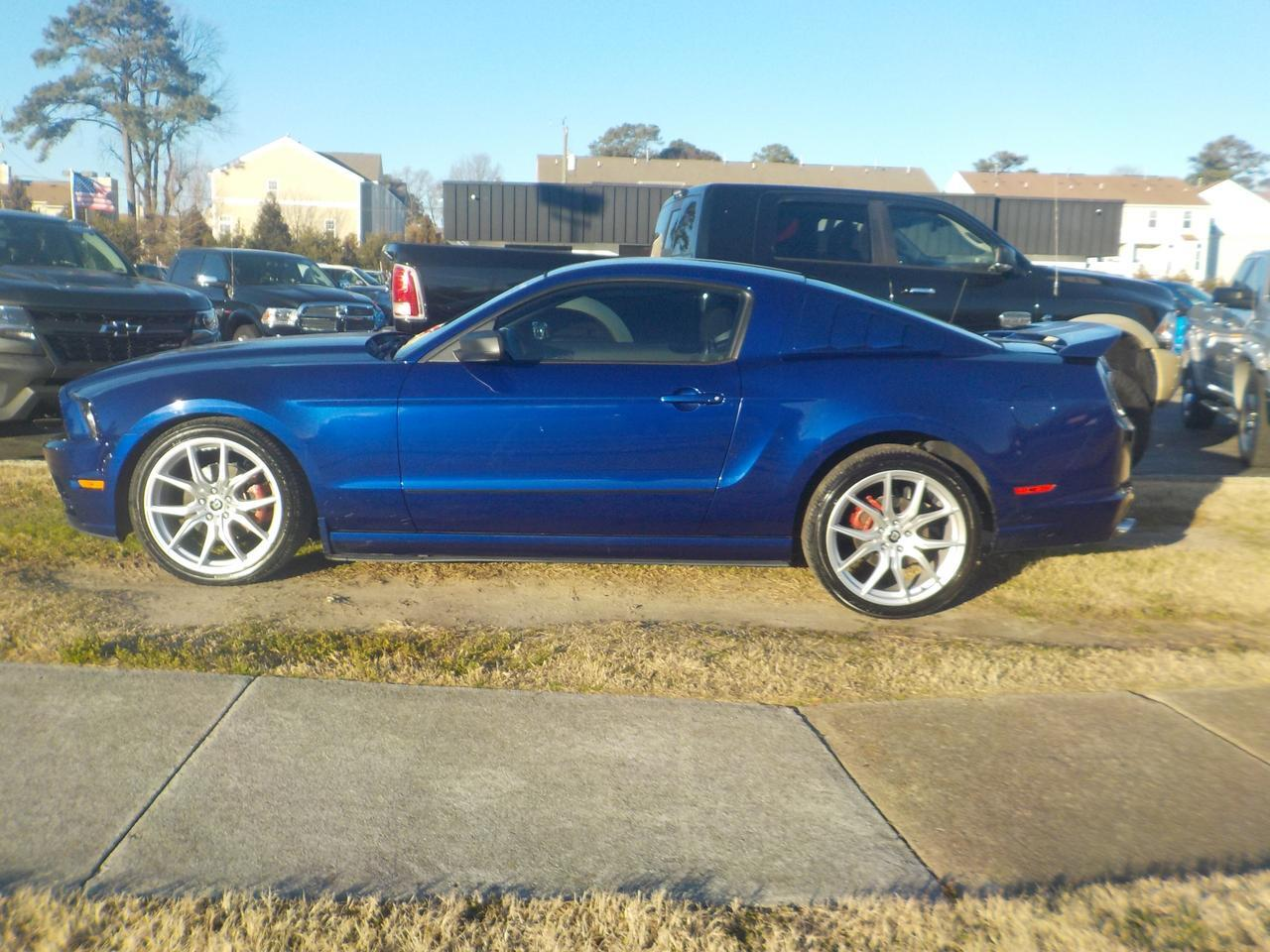 2014 FORD MUSTANG 2 DOOR COUPE, CUSTOM DRAG RIMS, BLUETOOTH WIRELESS, SYNC, VERY CLEAN, WELL MAINTAINED! Virginia Beach VA