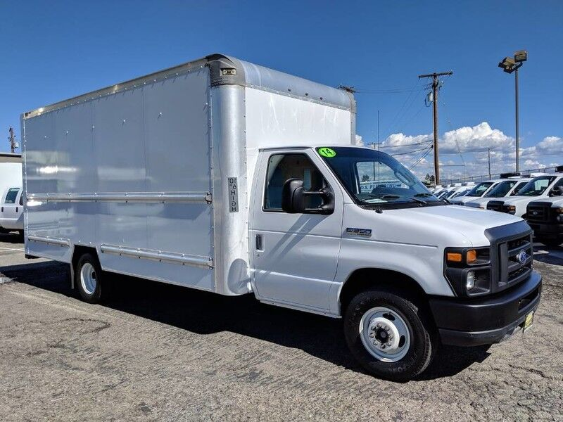 2014 Ford E-350 16FT Box Truck with Ramp