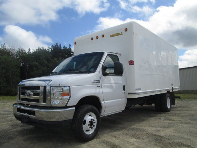 2014 Ford Econoline Commercial Cutaway BASE Tusket NS