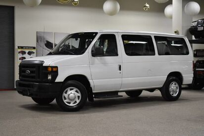 2014_Ford_Econoline_E-250 10 Passenger_ Boston MA