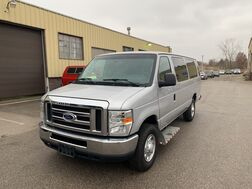 2014_Ford_Econoline_E-350 Super Duty Extended 12-Passenger_ Cleveland OH