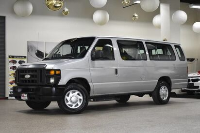 2014_Ford_Econoline_E-350 XLT 15 Passenger_ Boston MA