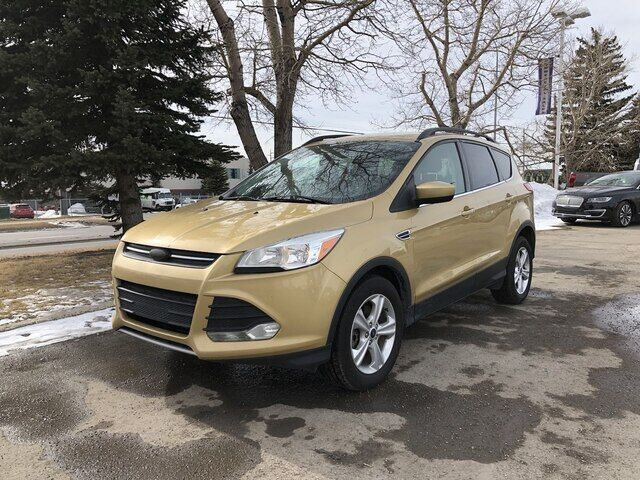 2014 Ford Escape SE AWD WITH NAVIGATION Calgary AB