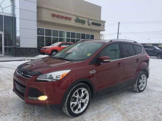 2014 Ford Escape Titanium AWD - NAV - Sunroof - Leather Redwater AB