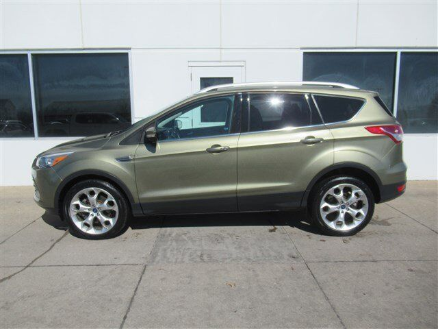 2014 Ford Escape Titanium AWD Moline IL