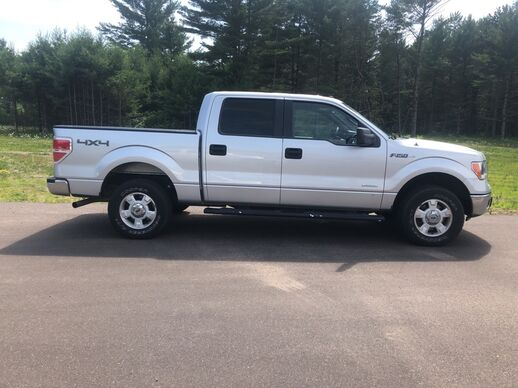 2014_Ford_F-150_4x4 SuperCrew XLT_ Fond du Lac WI