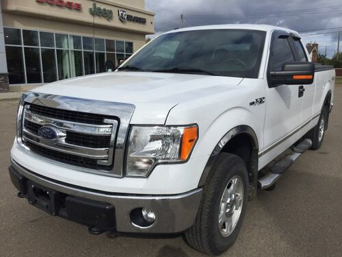 2014_Ford_F-150_XLT 4X4 1-Owner Low KMS_ Redwater AB