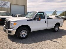 Ford F-250 XL Reg Cab SRW Pickup w/ Liftgate  2014