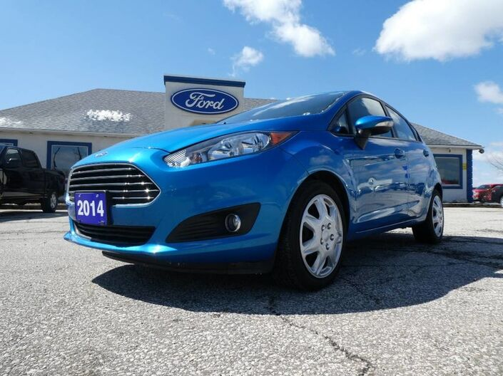 2014 Ford Fiesta SE- NAVIGATION- LOW KM- SYNC- AMAZING DEAL Essex ON