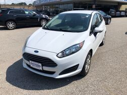 2014_Ford_Fiesta_SE_ Cleveland OH