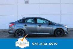 2014_Ford_Focus_S_ Cape Girardeau MO