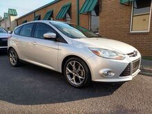 2014_Ford_Focus_SE Hatch_ Knoxville TN
