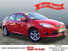2014_Ford_Focus_SE_ Hickory NC