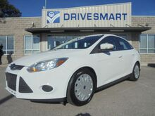 2014_Ford_Focus_SE Sedan_ Columbia SC