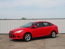 2014_Ford_Focus_SE Sedan_ Terrell TX