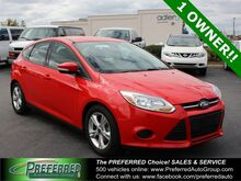 2014_Ford_Focus_SE_ Fort Wayne Auburn and Kendallville IN