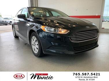 2014 Ford Fusion 4dr Sdn S FWD Muncie IN