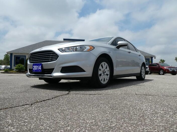 2014 Ford Fusion S- BLUETOOTH- LOW KM- 36 DAY SAFTEY WARRENTY Essex ON