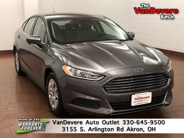2014 Ford Fusion S Akron OH