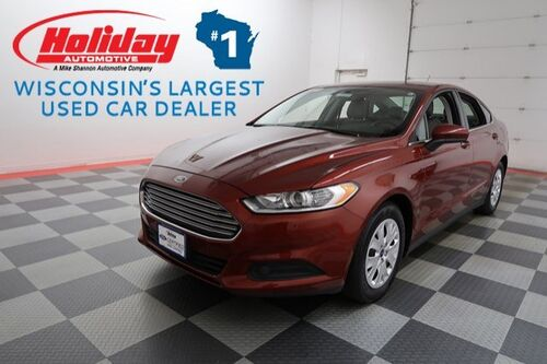 2014_Ford_Fusion_S_ Fond du Lac WI