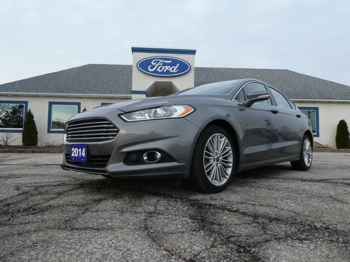 2014 Ford Fusion SE- AWD- LEATHER- SUROOF- NAVIGATION- 2.0L Essex ON