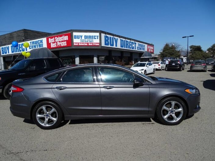 2014 Ford Fusion SE Sunroof, Great Safety Features! No Accidents Penticton BC